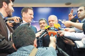بیژن زنگنه وزیر نفت در همایش پتروشیمی ایران