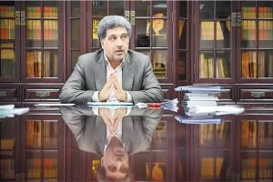 علی عسکری به انتقادات درباره افزایش مالیات وصولی طی دوران رکود پاسخ میدهد. / عکس: مسعود زارعی