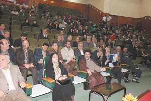 ابتکار در کنفرانس ملی علوم و مهندسی محیط زیست، از افزایش 27درصدی مساحت کانونهای فرسایش خاکی در دهه اخیر گفت.