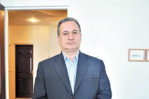 غلامحسین حسنتاش معتقد است قیمت نفت در بودجه امسال باید 85 دلار تعیین میشد