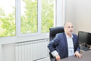 سیدمهدی حسینی از افول و صعود صادرات نفت ایران میگوید