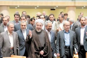 روحانی در مرداد 1393 به تبیین اولویتبخشی کاهش تورم بر خروج از رکود پرداخت. / عکس: مازیار اسدی